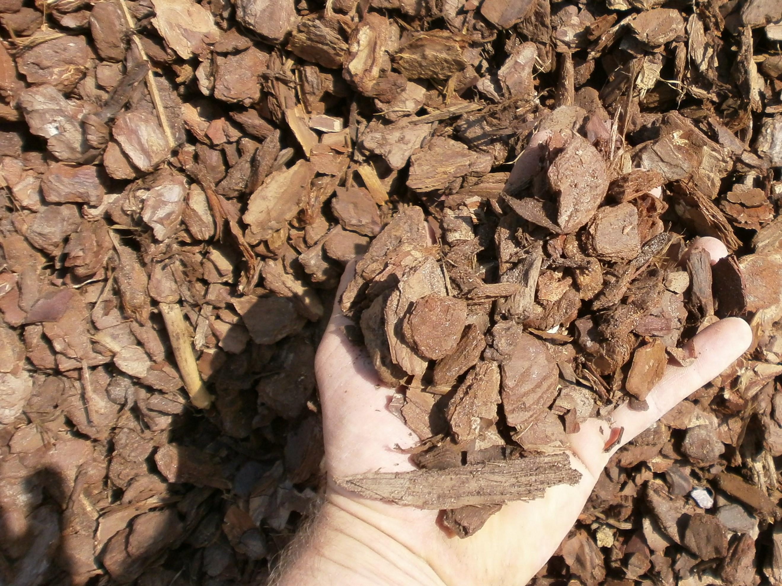 livraison de produits pour le paillage en vrac en Ile de France